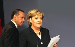 Merkels erster Türkei-Besuch überschattet