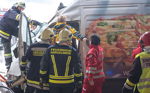 Schwerer Crash im Metz-Tunnel