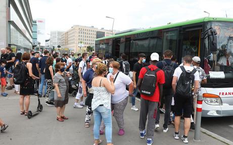S-Bahn-Sperre: Corona-Wirbel um Ersatzbusse
