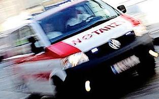 Elektriker bei Sturz von Leiter schwer verletzt