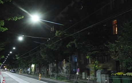 Bauchstich: Nach Mordversuch springt Messermann aus dem Fenster