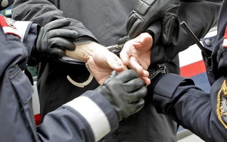 Gefährliche Drohungen führten zu zwei Festnahmen