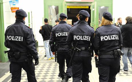 Bürger-Polizei startet jetzt in acht Bezirken