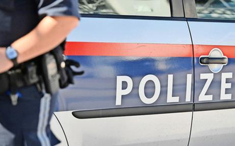 31-Jähriger attackiert Polizisten mit Schere