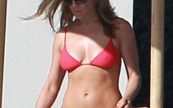 Aniston zeigt Hammer-Body im Weihnachts-Urlaub