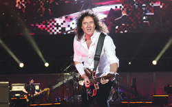 Queen rocken mit Freddie & Helene