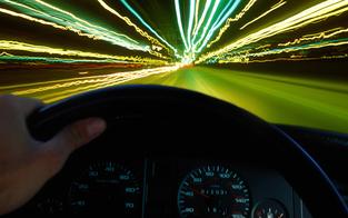 Mit 225 km/h unterwegs: Führerschein weg
