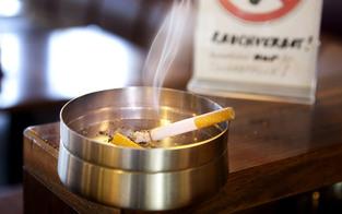 Wien klagt für Rauchverbot