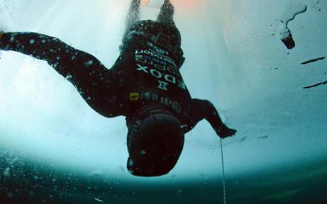 Atemlos: NÖ-Taucher peilt Weltrekorde an