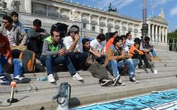 Asyl: Protest-Aktionen bei Abschiebung