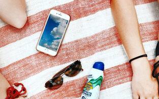 So schützt man Akkus von Handy & Co vor Hitze