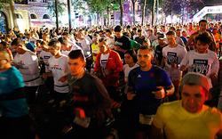 """20.150 Läufer beim """"Vienna Night Run"""""""