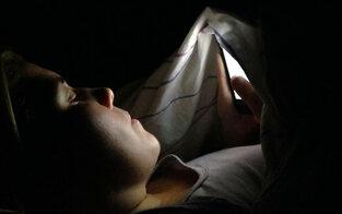 Teenies von Handy & Co oft gestresst
