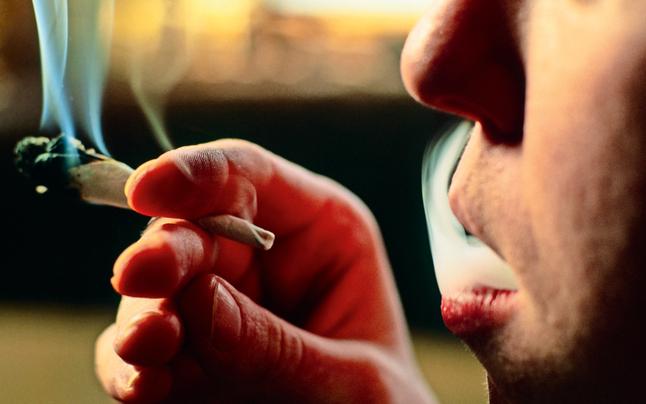 Stoned am Steuer: Immer mehr Drogenlenker
