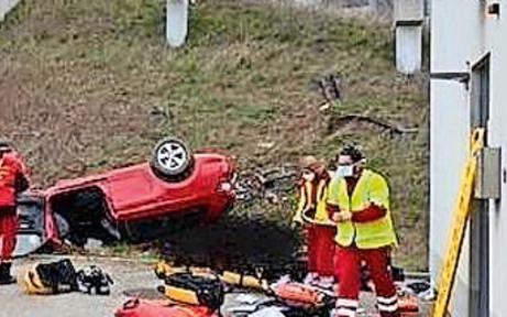 Ersthelfer soll Todes-Crash aufklären