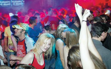 Studenten-Kult-Club verlässt U4