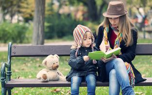 Eltern beginnen oft zu spät mit dem Vorlesen