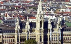 Rathaus hält an Deserteurs-Denkmal fest