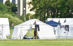 1.400 in Zelten - Hunderte noch obdachlos